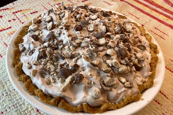 malted milk ball pie
