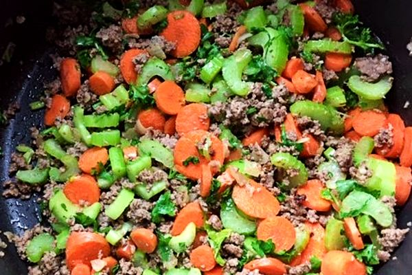 vegetables and beef for soup