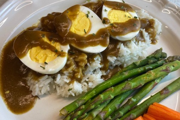 plated egg curry