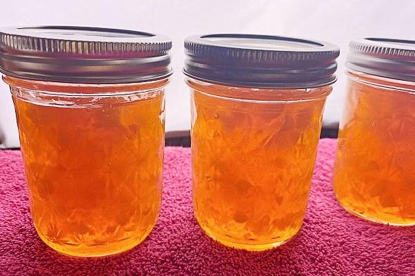 peach jam in jars