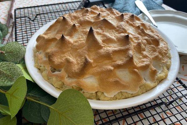 sour cream raisin pie with meringue