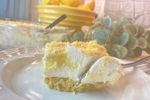 single serving of lemon dessert